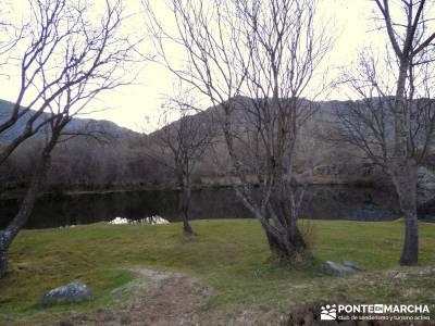 Parque Natural del Lago de Sanabria - viaje en invierno;programa de actividades senderismo
